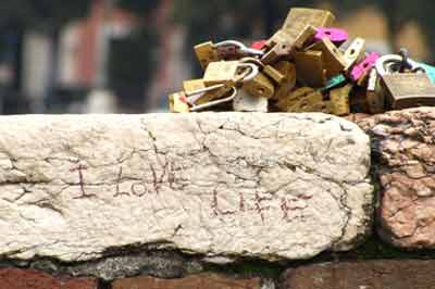 Dettaglio lucchetti Ponte Vecchio